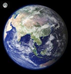 nasa_earth-resized